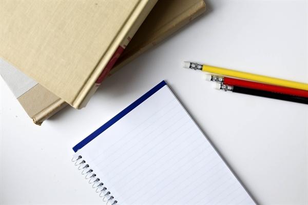 paper_pencils_books
